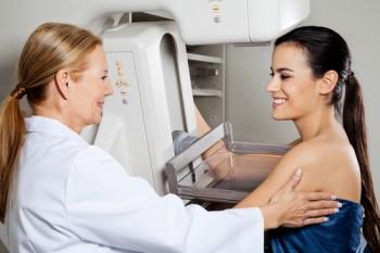 Bröstförstoring och mammografi