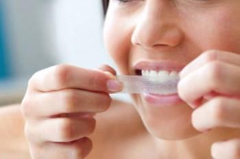 """""""Hemmablekning"""" är det enklaste alternativet för att bleka tänderna"""