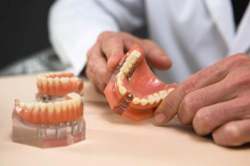 Risker och komplikationer med tandimplantat